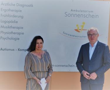 LH-Stellvertreter Stephan Pernkopf zu Besuch im Ambulatorium und Autismuszentrum Sonnenschein-
