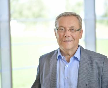 Im Gespräch mit Dir. Robert Holovsky über die Geschichte des Ambulatorium Sonnenschein-